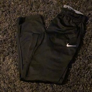 Nike Therma Sweats